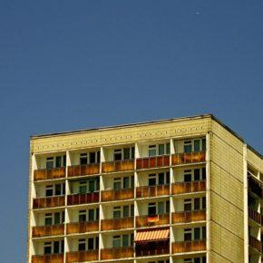 Der Preis für Bestandswohnungen in Großstädten stieg um 9,4 Prozent gegenüber 2015.