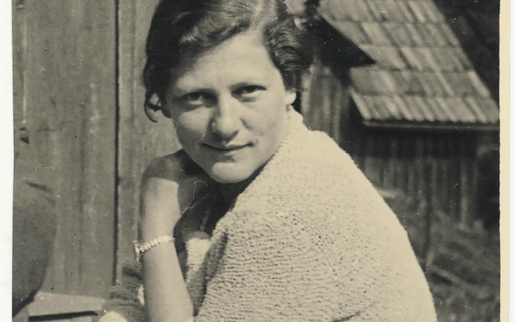 Marie Johada, Portrait.