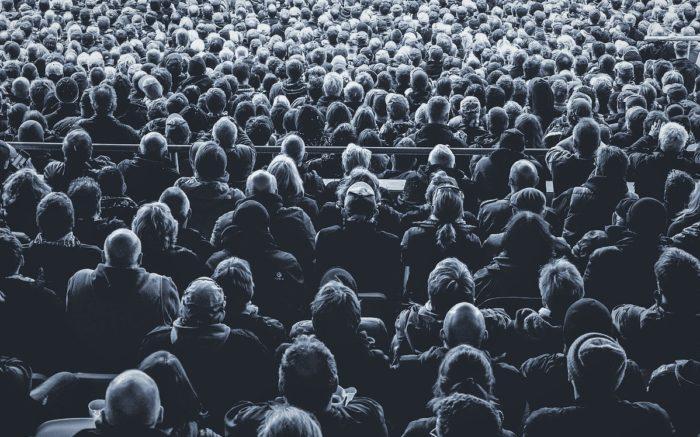Abseits der Literatur: Ein Publikum von hinten